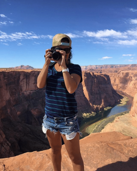 Erica Ribeiro no Horseshoe Bend no Arizona